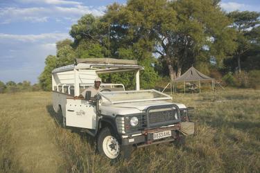 Safari Fahrzeug , Bush Ways Safaris