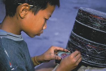 Junge in Mandalay - ©Romana Chapman, ©Romana Chapman