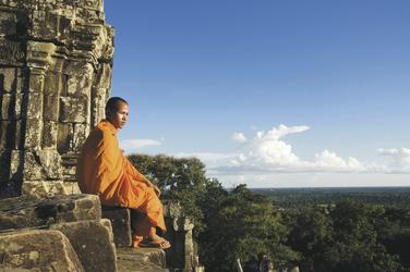 Mönch im Angkor Wat Tempel © Fotolia