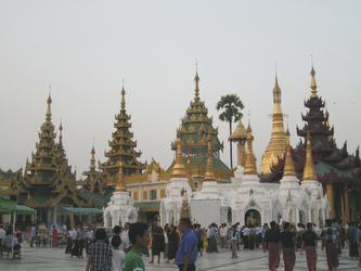 Shwedagon Pagode, ©Karawane