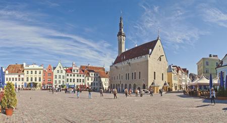 Rathausplatz in Tallin, Estland - ©Gadagi - Fotolia
