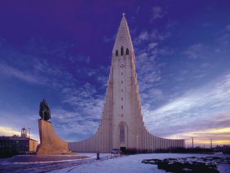 Reykjavik, Hallgrims-Kirche und Denkmal Leif Eriksson