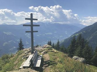 Aussichtspunkt auf dem Meraner Höhenweg , ©Hagen Alpin Tours