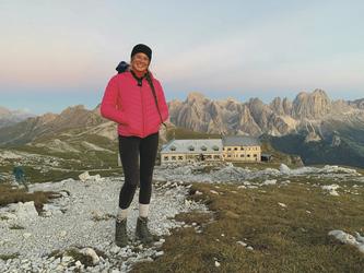 Schlernhaus im Hintergrund, ©Hagen Alpin Tours