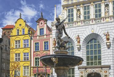Neptunbrunnen in Danzig (© Boris Stroujko / stock.adobe.com), ©Boris Stroujko - stock.adobe.com