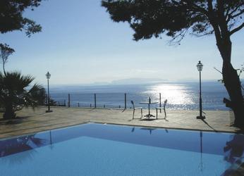 Hotel Quinta Albatroz Beach & Yacht Club Pool, ©RMK Tours