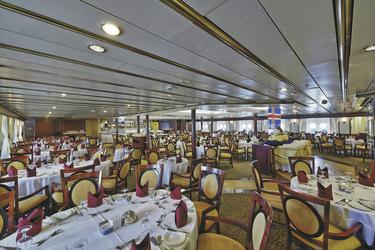 Restaurant - c Island ProTravel, ©Island ProTravel