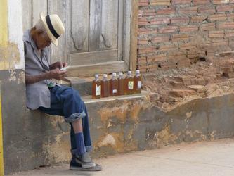 Kubaner verkauft Rum