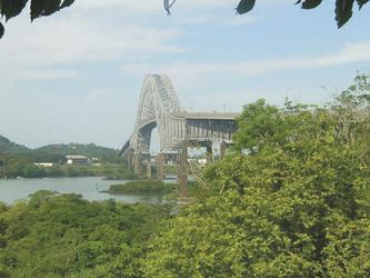 Brücke Americas über den Panama-Kanal