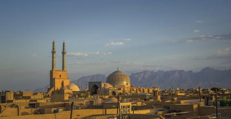 Sonnenuntergang über Yazd, Iran - ©Javarman-Fotolia