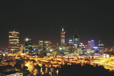 Skyline von Perth bei Nacht, ©Karawane