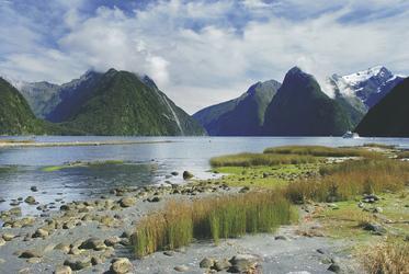 Milford Sound © Jiri Foltyn